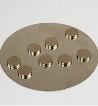 Magneetjes - Magnets, extra strong, 8pcs on metalplate Ø10mm x 2mm